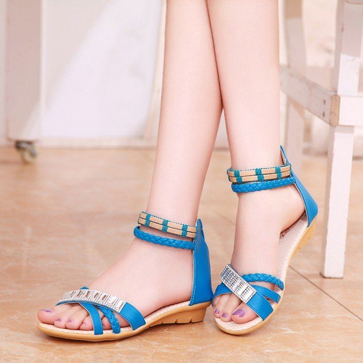 flat sandals sale at Flipkart