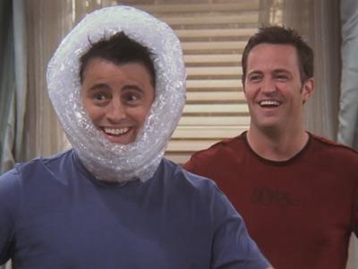 friends_1016_bubble_wrap_punch