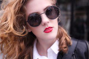 girl-woman-lady-makeup-sunglasses-fashion-sexy