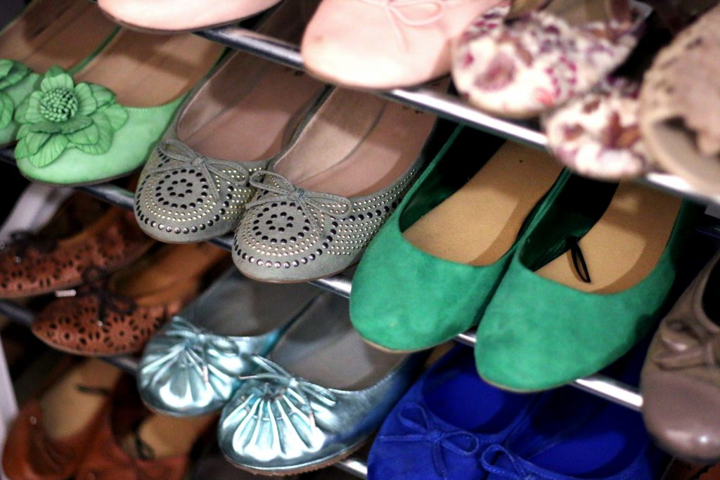 shoes-shoe-cabinet-womens-shoes-ballerinas