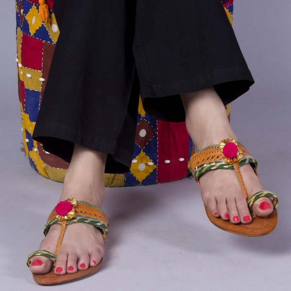 Festival Offers on Footwears