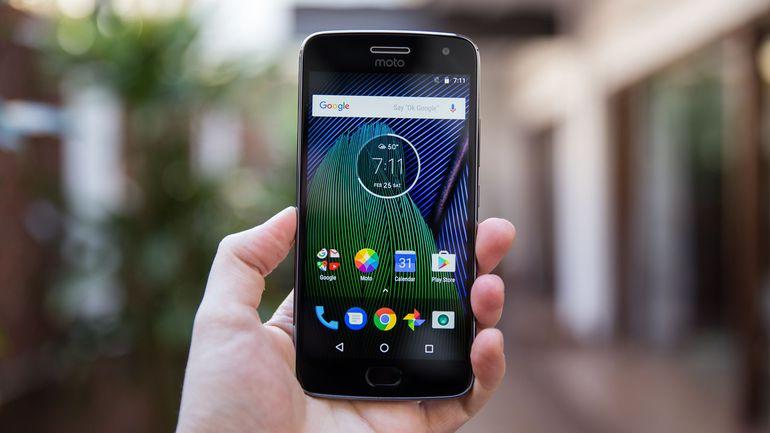 Buy Moto G5s Plus at offer price