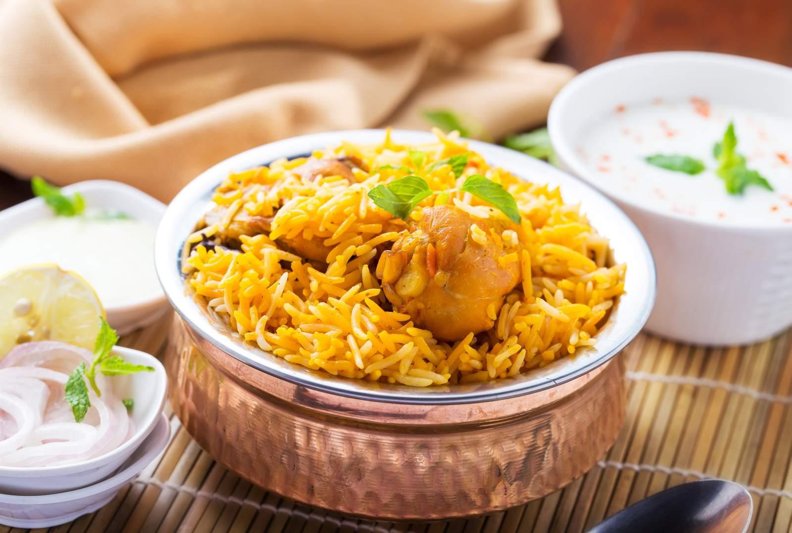best 5 star dinner buffet in delhi